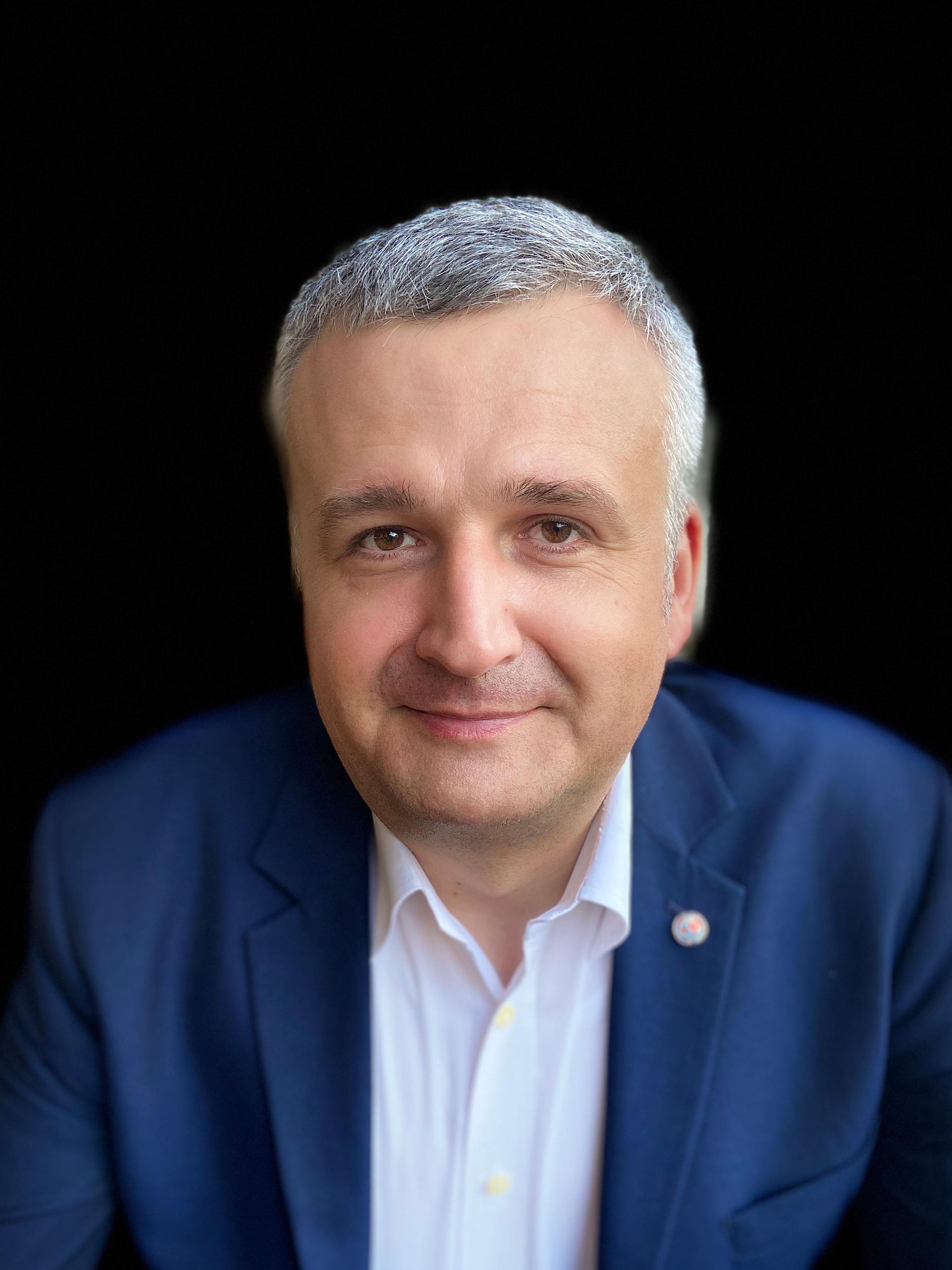 prof. Norbert Pikuła